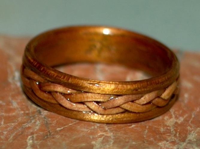 The Qualities Of Wood For Your Wood Ring