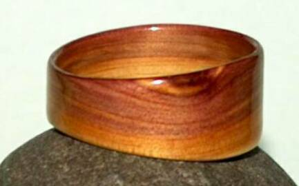 Juniper heart wood ring by David Finch, Touch Wood Rings