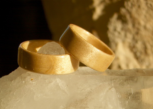 Bird's eye maple wood rings